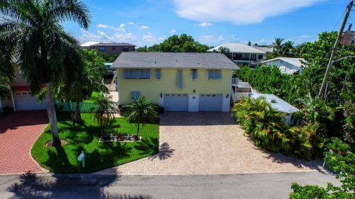 390 Bayland Road || TriPower Vacation Rentals, Fort Myers Beach Florida