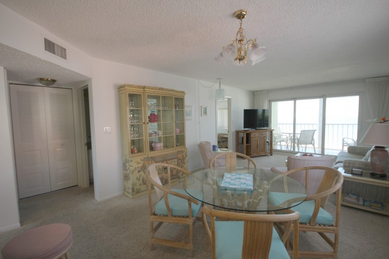 Strandview #304 || TriPower Vacation Rentals, Fort Myers Beach Florida